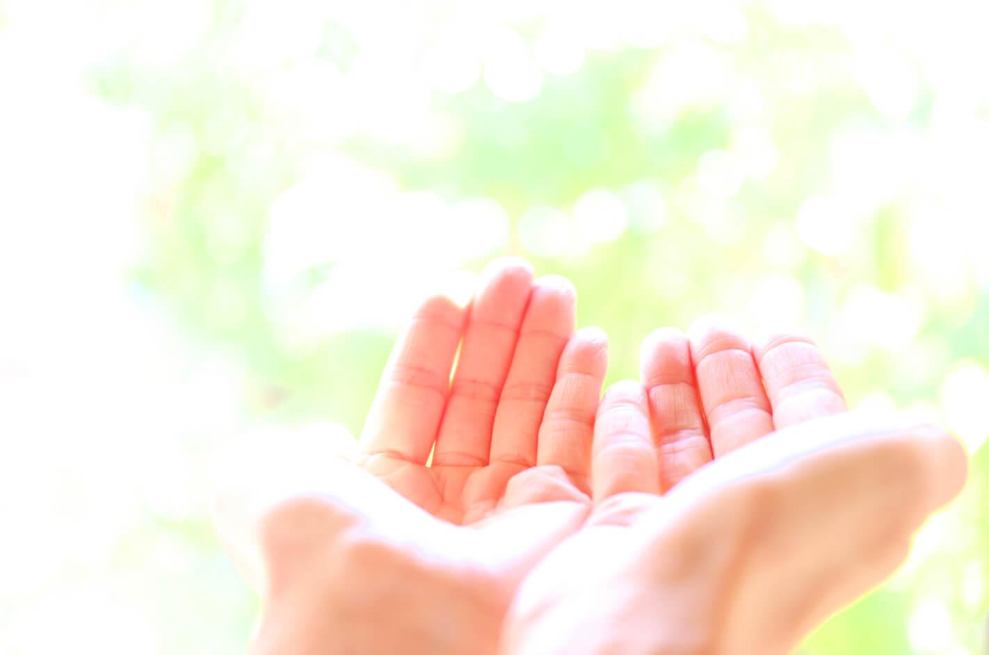 美しいレイキの手