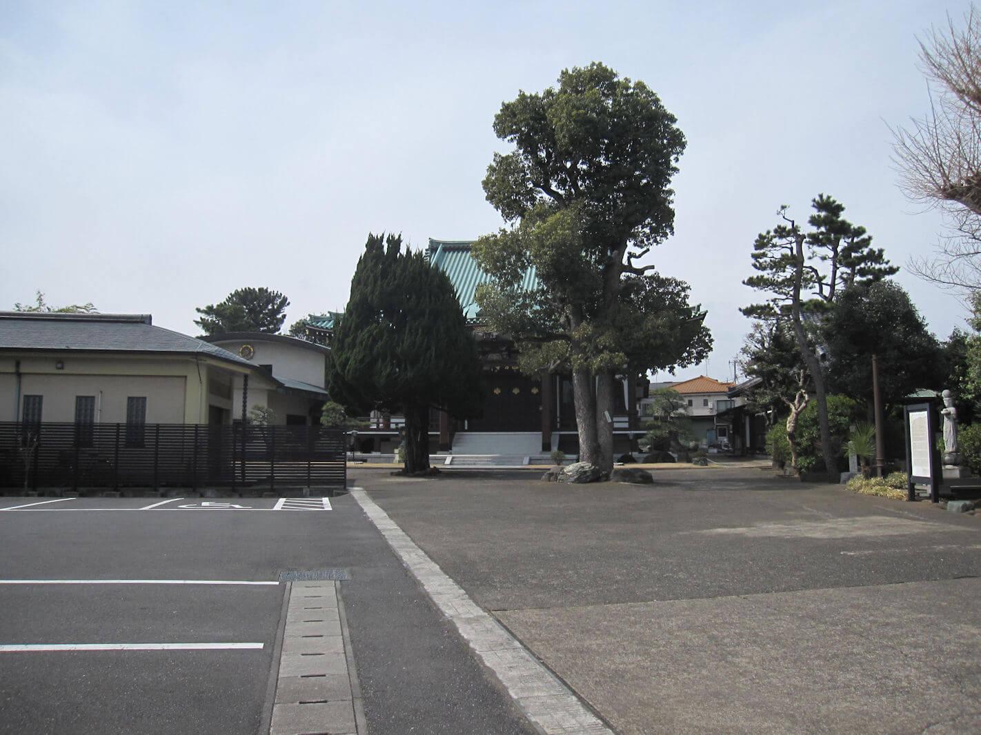 西方寺(駐車場)