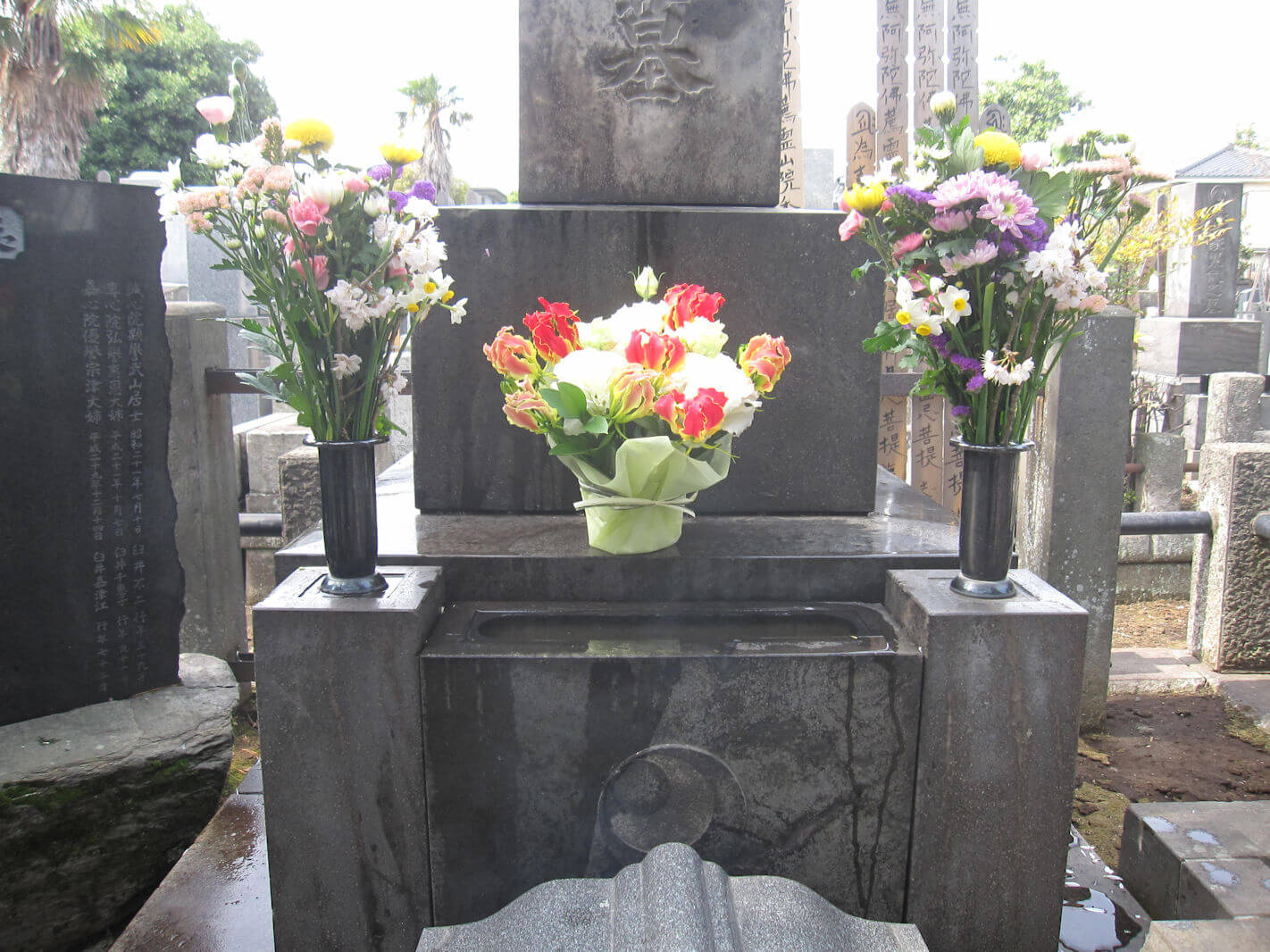 西方寺(臼井甕男先生のお墓と曼珠沙華)